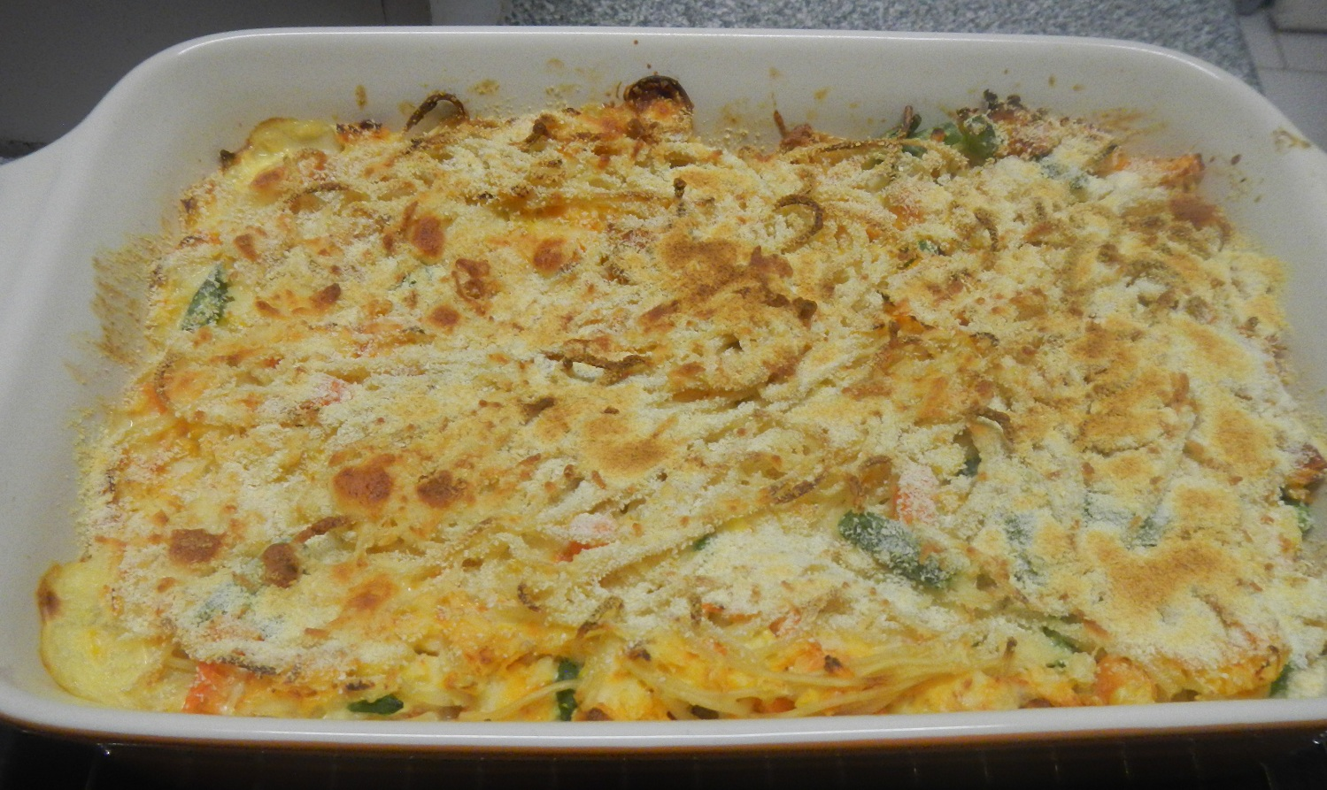 Cheesy haddock and spaghtti bake