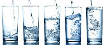 8 glasses or more of water should be drunk during a heat wave
