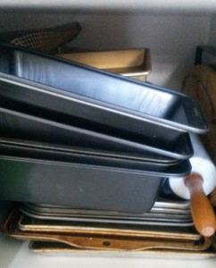 I use these loaf tins only about every 6 months or so to make my cinnamon bread, but I use the baking trays regularly.