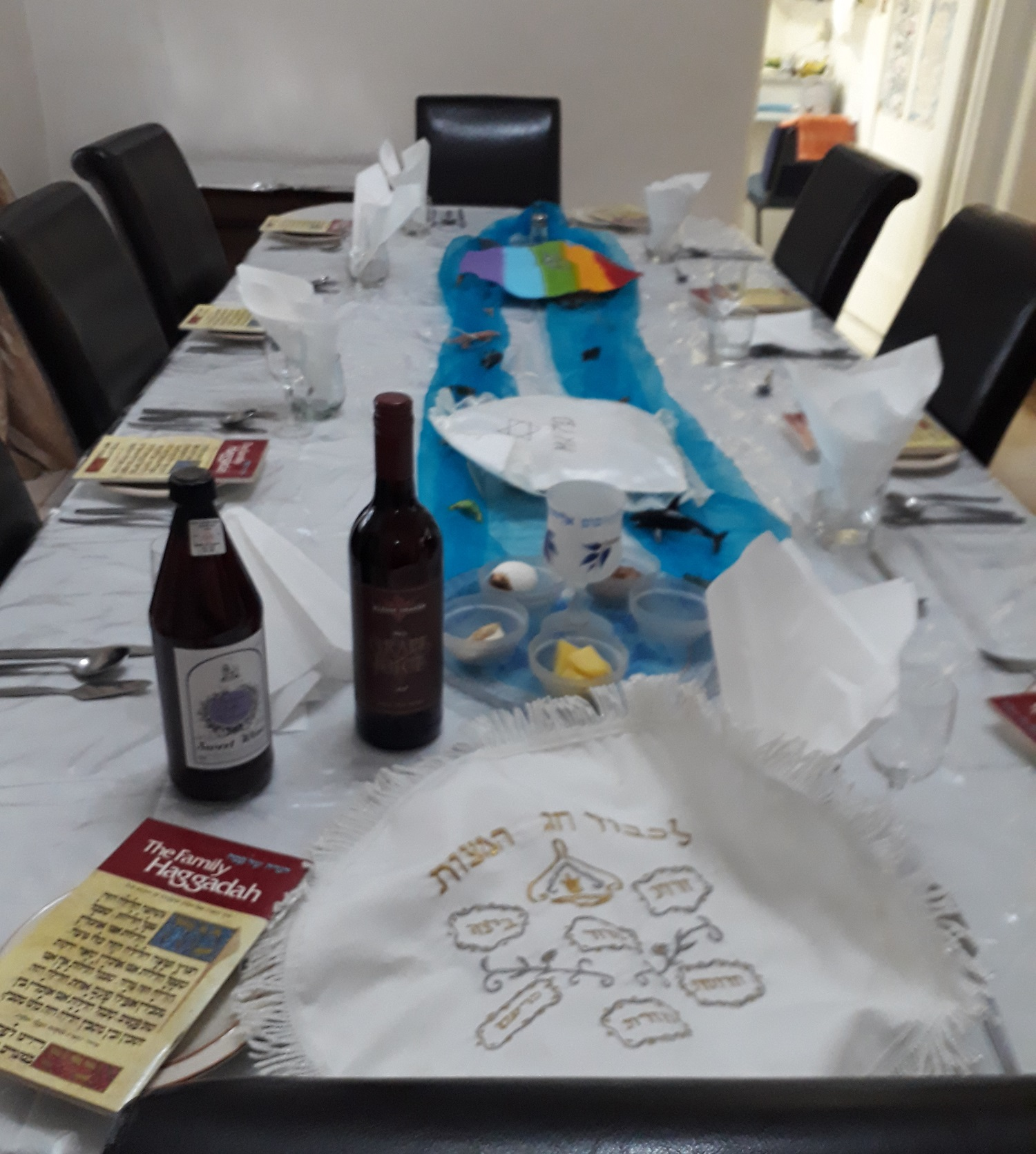 Pesach table