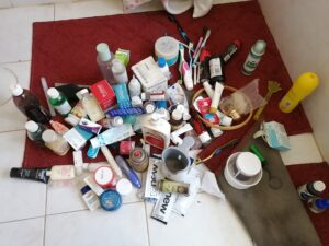 bathroom cupboard clutter